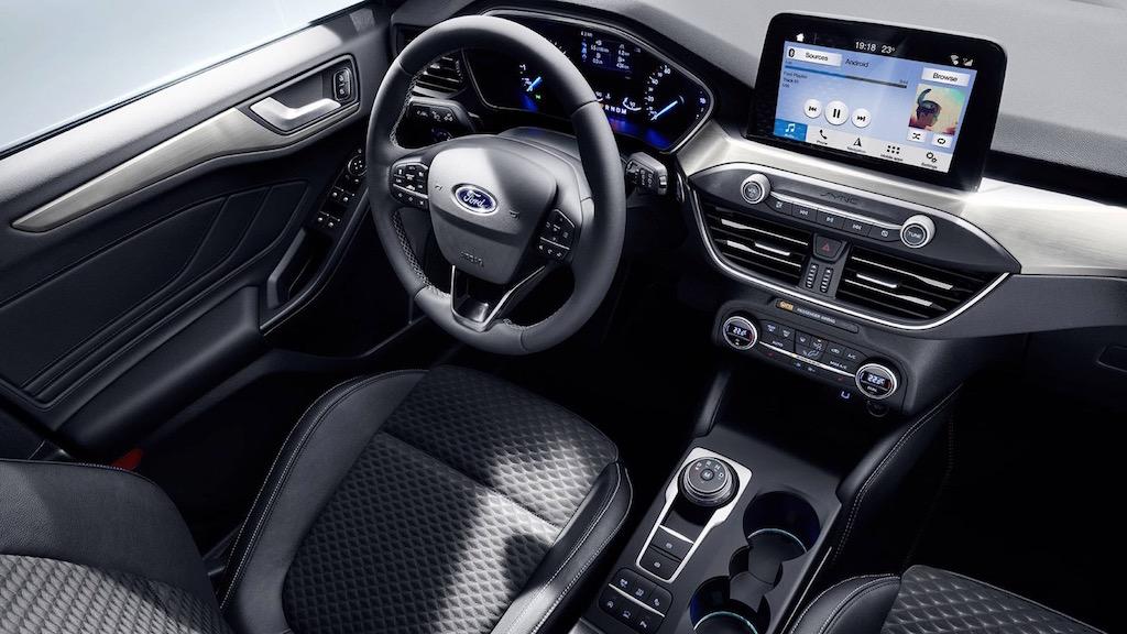 Đánh giá nội thất xe ford focus 2019