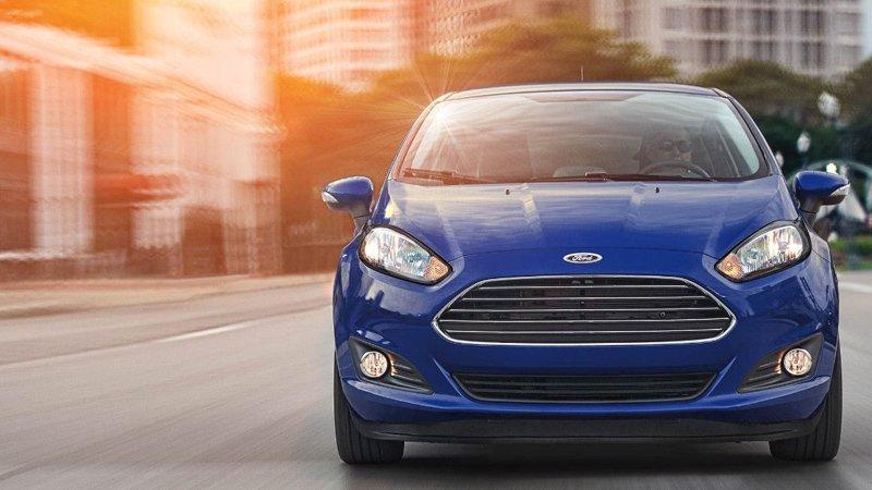 giá bán xe Ford Fiesta 2019