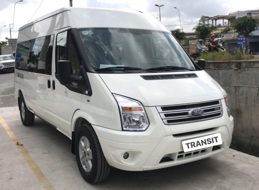 Ford-transit-mau-trang
