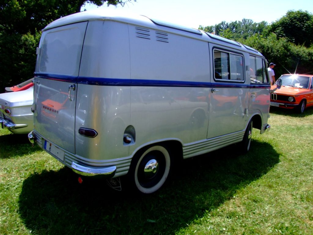 Ford Taunus Transit 1964 2 1024x768 - Ford Transit | Dẫn đường đến thành công