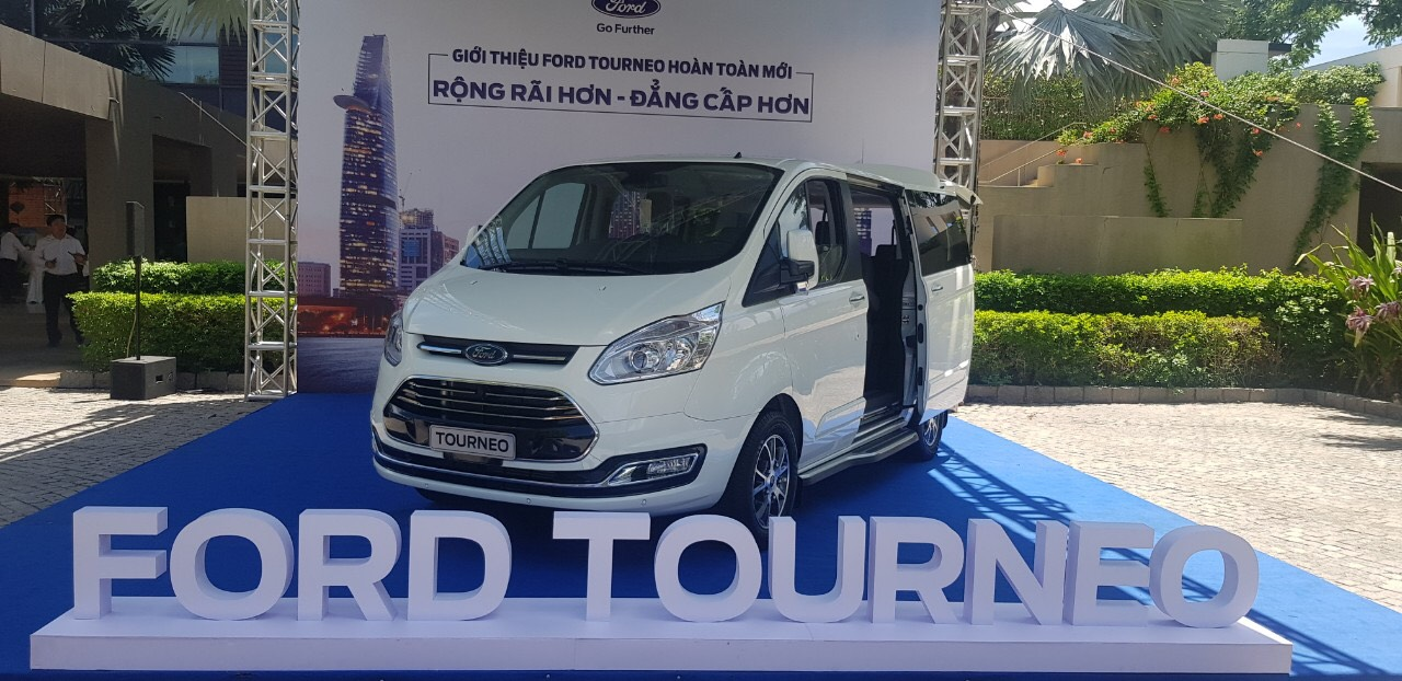 Ford-tourneo-2019