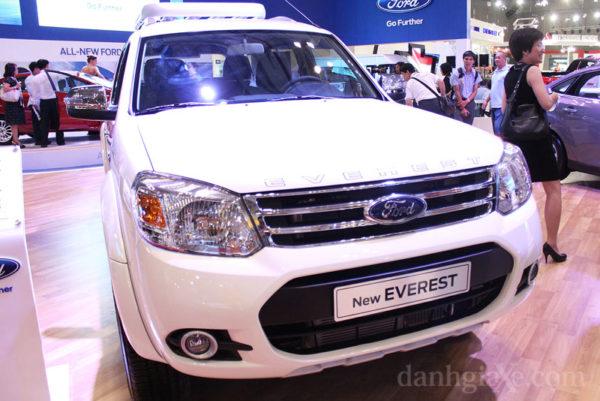 Ford Everest thế hệ thứ 3